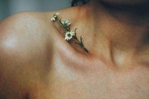tatuagem 3d feminina flores