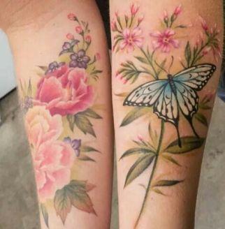 tattoo borboleta flores